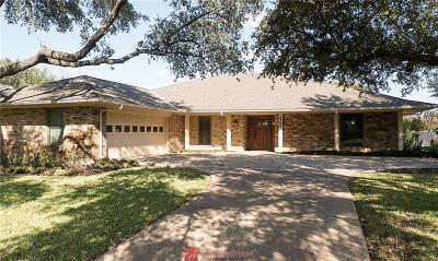 Farmers Branch Single Family Home For Sale: 3249 Brookhaven Club Drive