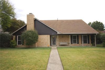 Carrollton Single Family Home For Sale: 2216 Trinity Springs Drive
