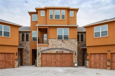 Grand Prairie Townhouse For Sale: 2660 Villa Di Lago #3