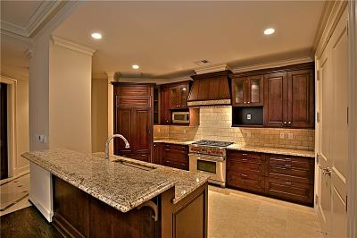 Dallas  Residential Lease For Lease: 2525 N Pearl Street #1106