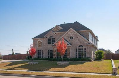 Mansfield Single Family Home Active Contingent: 5104 Cool River Court