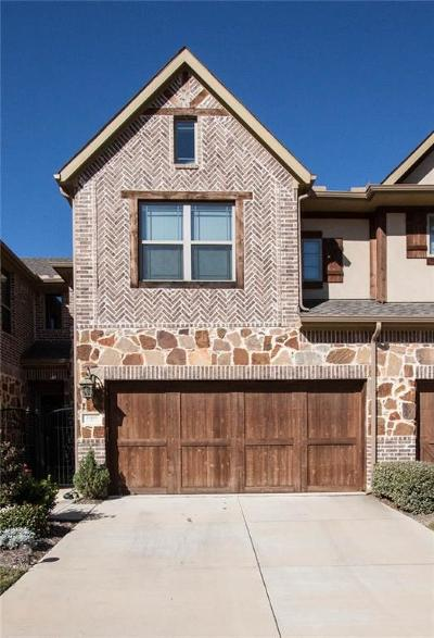 Euless Townhouse For Sale: 1009 Brook Forest Lane