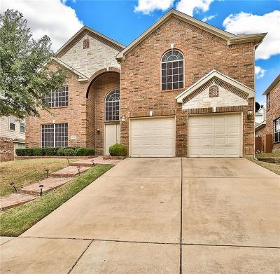 Fort Worth Single Family Home For Sale: 5044 Whisper Drive