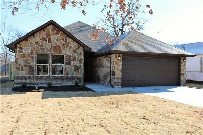 White Settlement Single Family Home For Sale: 220 N Normandale Street
