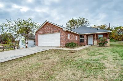 Grand Prairie Single Family Home For Sale: 1749 Avenue E