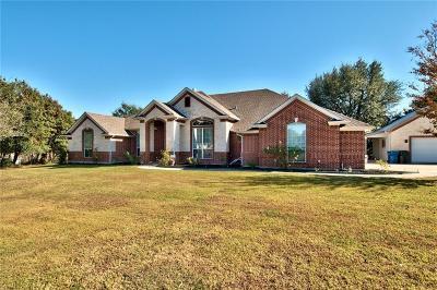 Azle Single Family Home For Sale: 118 Crosshair Court