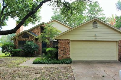 Ennis Single Family Home Active Option Contract: 1103 Bluebonnet Hill Drive