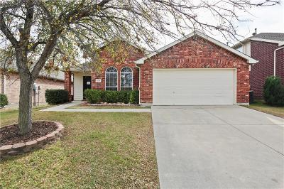 Fort Worth Single Family Home For Sale: 13349 Ridgepointe Road