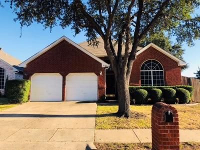 Flower Mound Single Family Home For Sale: 2124 Mahogany Street