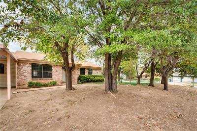 Watauga Single Family Home For Sale: 5925 Derek Drive