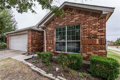 Single Family Home For Sale: 1323 Caroline Drive
