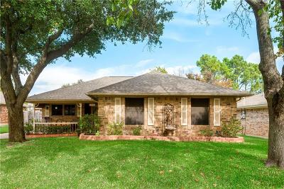 North Richland Hills Single Family Home Active Option Contract: 7813 Redwood Court