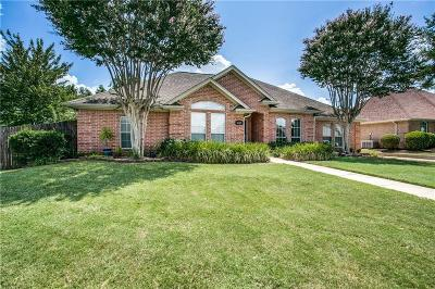 Bedford, Euless, Hurst Single Family Home For Sale: 405 Montreal Drive