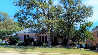 Highland Village Single Family Home For Sale: 3332 Castlewood Boulevard