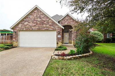 Grapevine Single Family Home For Sale: 1901 Bentwood Court