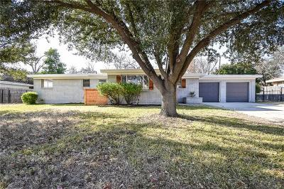 Benbrook Single Family Home For Sale: 3812 Springbranch Drive