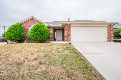 White Settlement Single Family Home Active Option Contract: 9301 Rhea Court