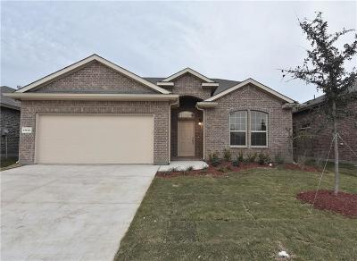 Fort Worth TX Single Family Home For Sale: $274,620