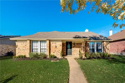 Rowlett Single Family Home For Sale: 8209 Kensington Drive