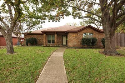 Garland Single Family Home For Sale: 3202 Andrea Lane