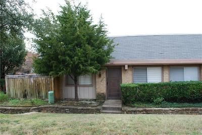 Irving Townhouse For Sale: 2611 Amherst Court
