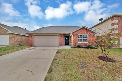 Fort Worth Single Family Home For Sale: 4913 Wild Oats Drive