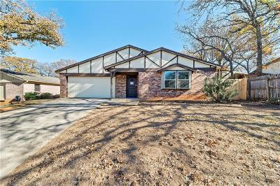 Arlington Single Family Home For Sale: 4817 Crest Drive