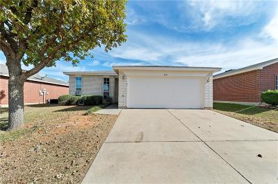 Fort Worth Single Family Home For Sale: 8109 Sweetwater Lane