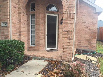 Arlington Single Family Home For Sale: 2232 Merritt Way