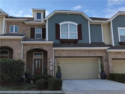 Irving Townhouse Active Option Contract: 4009 Milan Drive
