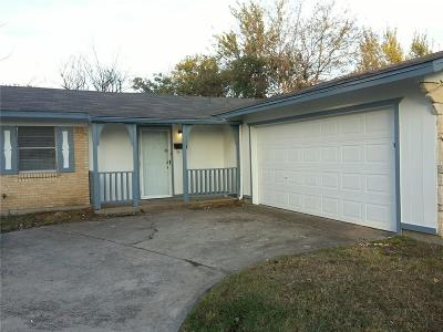 Garland Residential Lease For Lease: 2401 Northumberland Drive