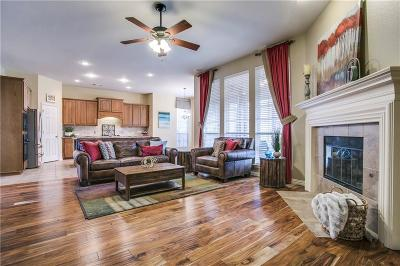 Fort Worth Single Family Home For Sale: 3920 Gladney Lane