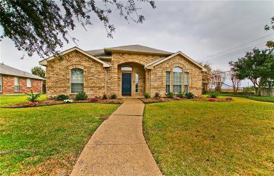 Mesquite Single Family Home For Sale: 2610 Decoy Drive