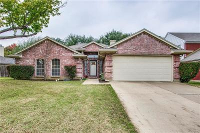 Mansfield Single Family Home For Sale: 1513 Warwick Drive