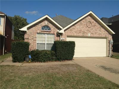 Lewisville Single Family Home For Sale: 939 Highgate Drive