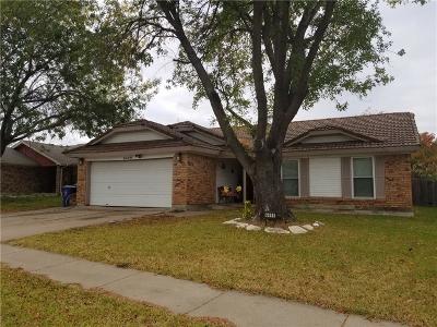 Watauga Single Family Home For Sale: 6449 Green Ridge Drive