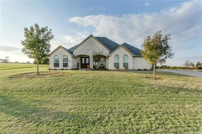 Cleburne Single Family Home For Sale: 7116 Muirfield Drive