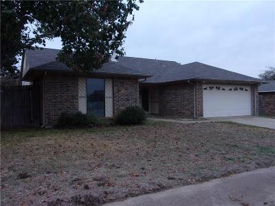 Fort Worth Single Family Home For Sale: 2312 Escalante Avenue