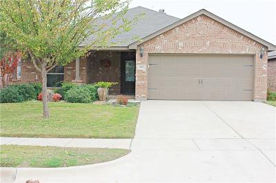 Azle Single Family Home For Sale: 137 Bridlewood Street