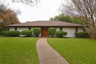 Single Family Home For Sale: 6 Yale Circle