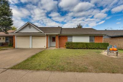 Watauga Single Family Home For Sale: 6109 Birchill Road