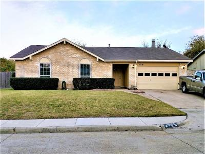 Grand Prairie Single Family Home For Sale: 2106 Sheriff Drive