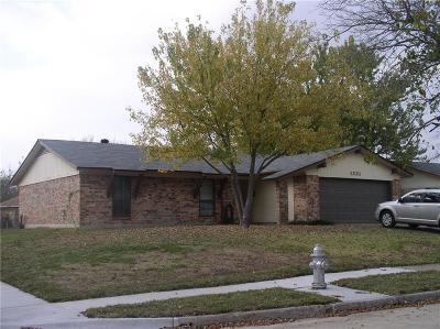 Mesquite Single Family Home For Sale: 1331 Virgie Joe Drive