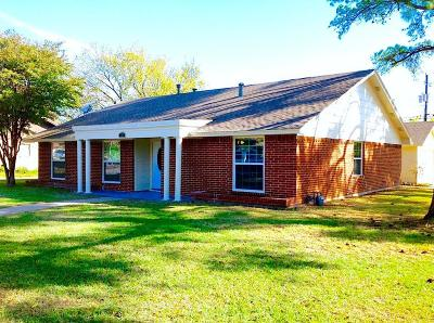 Arlington Single Family Home For Sale: 2915 Stratford Court