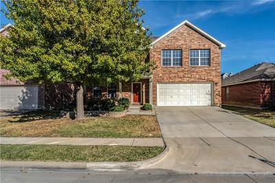 Fort Worth Single Family Home For Sale: 5141 Senator Drive