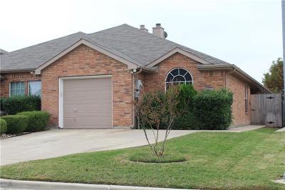 Fort Worth Half Duplex For Sale: 5616 Blackmon Court
