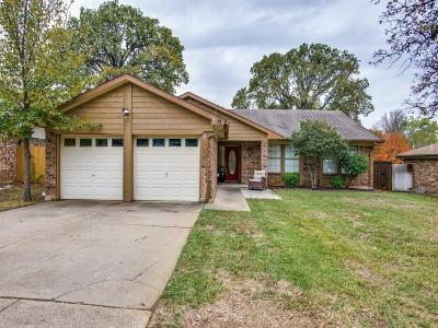Arlington Single Family Home For Sale: 2110 Rainwood Court