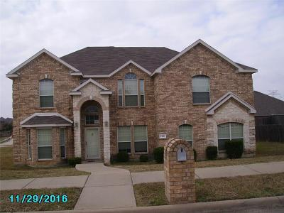 Desoto Single Family Home Active Contingent: 1501 Brownstone Drive