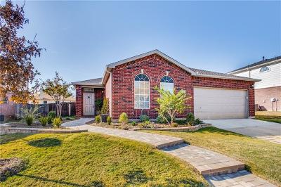 Little Elm Single Family Home For Sale: 2348 Magnolia Drive