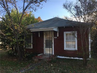 Weatherford Single Family Home For Sale: 511 W Water Street